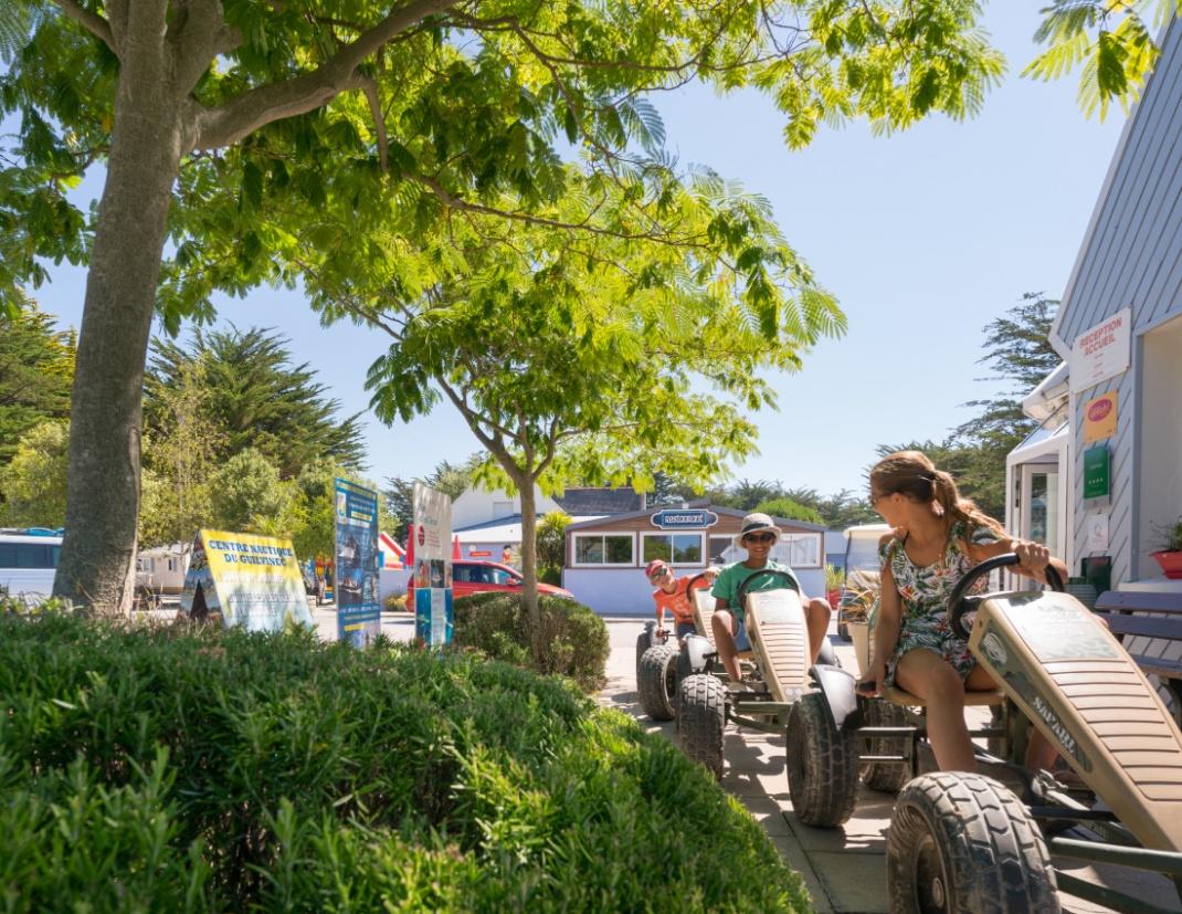 Les services du camping - cadre de verdure