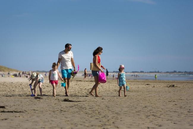 Vacances au pays bigouden - la plage en famille