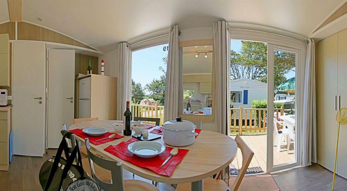 Cottage 6 personnes 35 m² - salle à manger