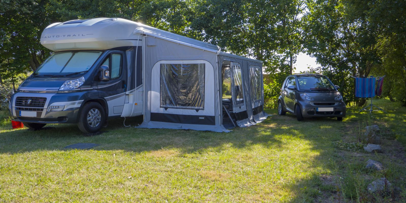 Les Campings cars - ensoleillé