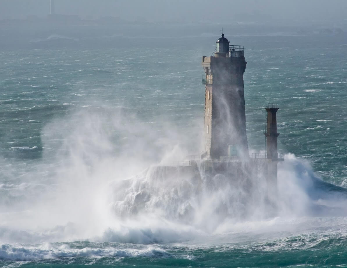 Le phare de la Vieille à la Pointe du Raz